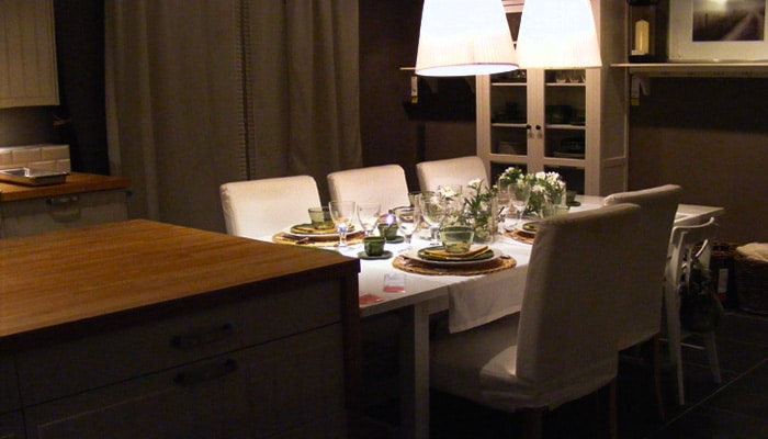 Cottage eetplaats aan keukeneiland