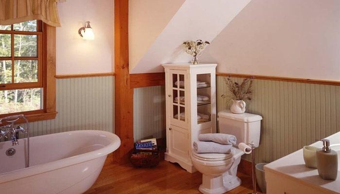 badkamer onder dak in country stijl