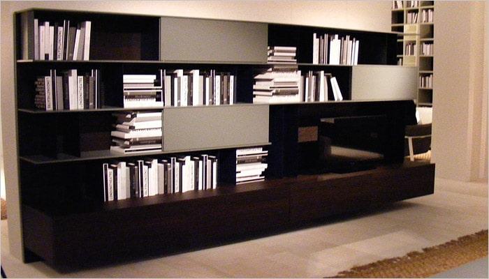 design zwart-wit meubel metboekenrek