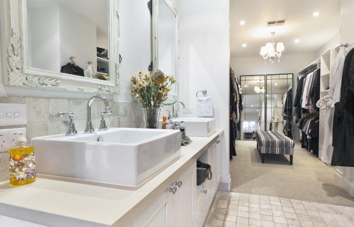 Landelijke badkamermeubels met dressing