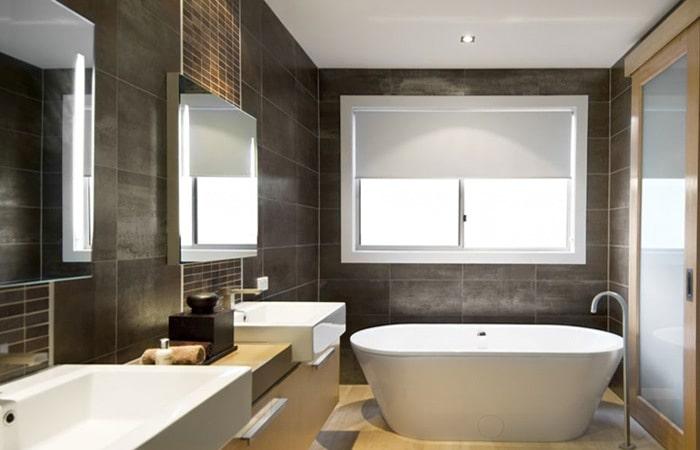 Badkamertegels met mozaiek