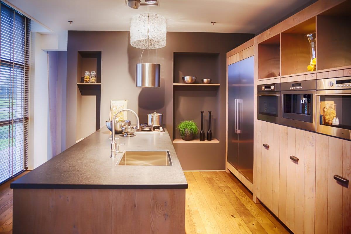 Houten keuken inspirerende voorbeelden enkele tips - Keuken op het platteland ...