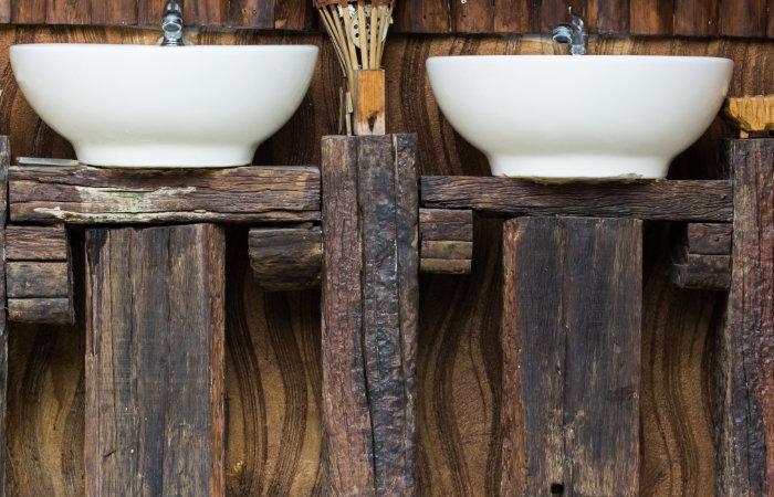 landelijk badkamermeubel DIY