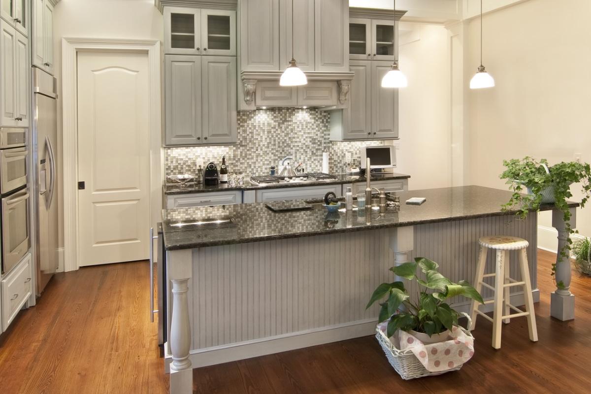 Keuken Tegels Wand : Wandtegels in de keuken: voorbeeld en inspiratie