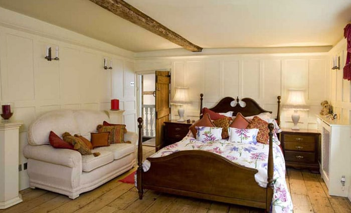 renovatie van antieke slaapkamer