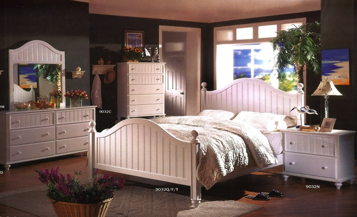 moderne cottage slaapkamer in het wit