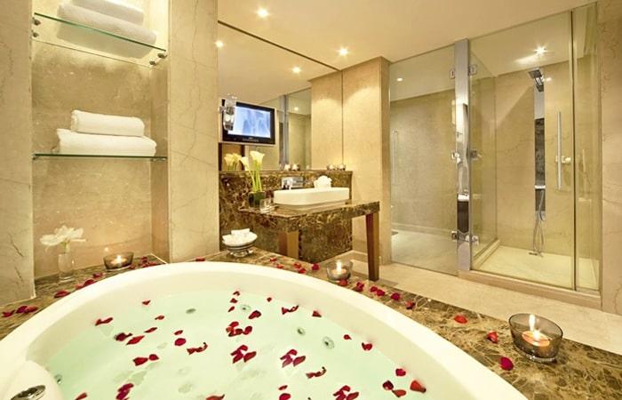 Luxe Badkamer Interieur : Luxe badkamers: voorbeelden & inspiratie
