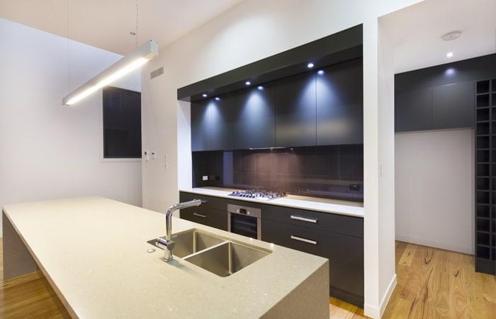 Keuken Zwart Mat : Zwarte keuken foto's Voorbeelden en inspiratie tips