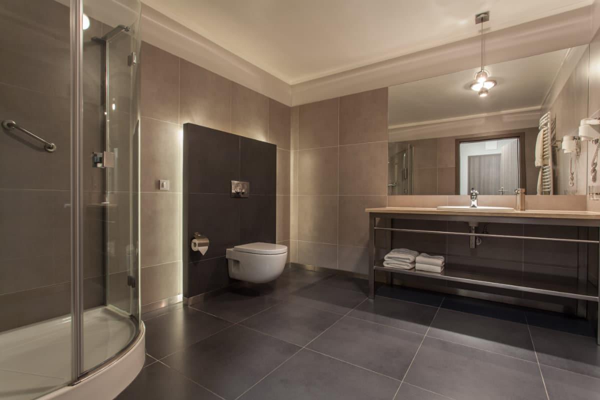 Wandbekleding badkamer: overzicht van materialen